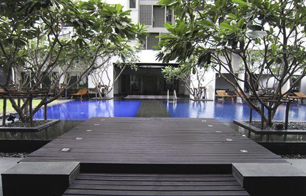 Noble-Ora-condo-Bangkok-swimmingpool-2